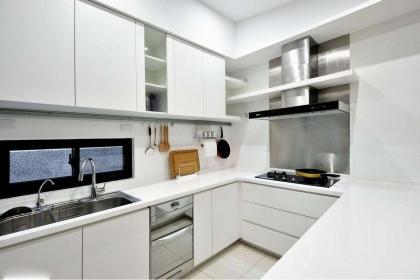 如何快速翻新厨房?厨房砖墙快速翻新技巧
