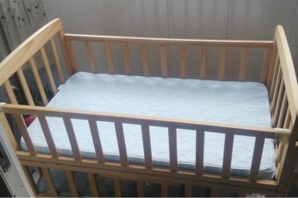 怎么挑选婴儿床?婴儿床选购技巧是什么?