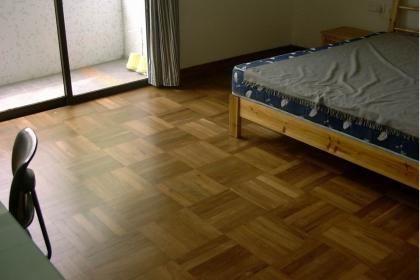 地板翻新工藝大講解,5步讓舊地板煥然一新