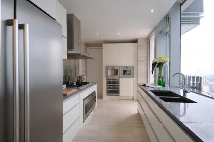 狹長型廚房怎么裝修設計?五招化解狹長型廚房的尷尬