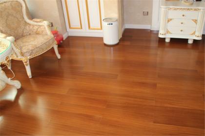 地板打蜡有哪些流程,地板打蜡注意事项