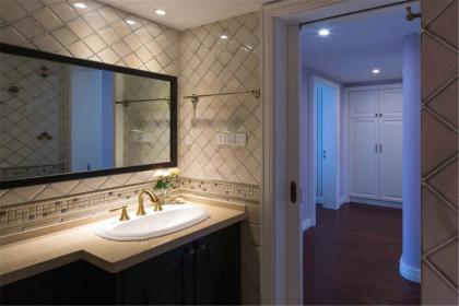 卫生间如何进行装修,卫生间装修省钱攻略