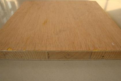 如何挑选细木工板和胶合板?细木工板和胶合板选购技巧剖析