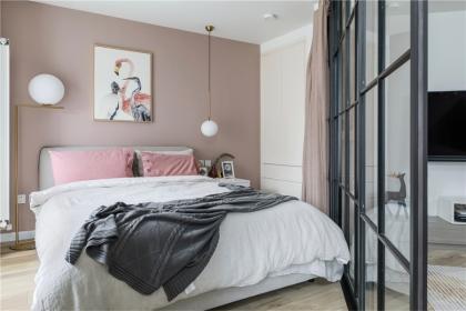 卧室墙面如何装饰,可以试试这几种方法
