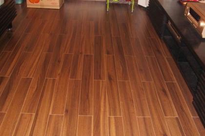 强化地板如何选购,强化地板选购技巧