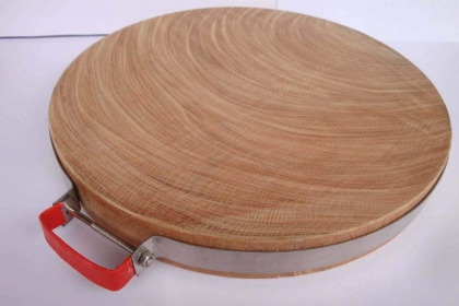 """實木菜板哪個好?四種廚房""""硬漢""""比拼"""