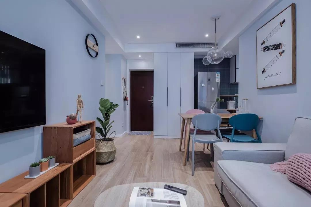55平挤出2室2厅,卫生间装挡水条实用,莫兰迪色墙太高级了!