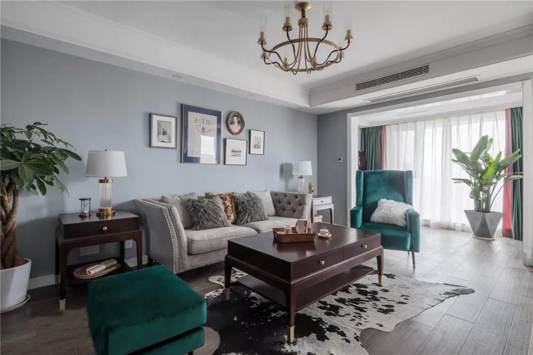 移门洞改布局,90㎡简美三室轻松拥有温馨雅致大空间!