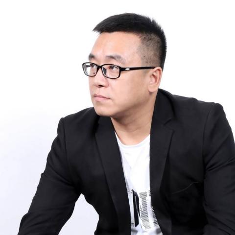 首席设计师王利