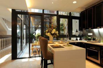 厨房白色吧台古典风格装潢图片