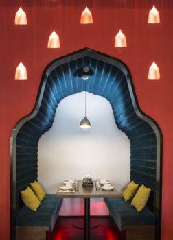 泰信宫餐厅浪漫小屋装潢设计图片