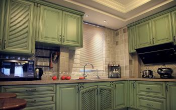 厨房绿色橱柜欧式风格装饰设计图片