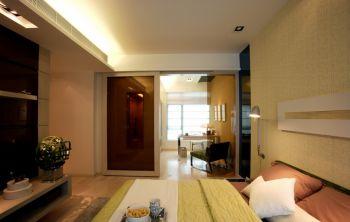 卧室咖啡色推拉门现代风格装饰图片