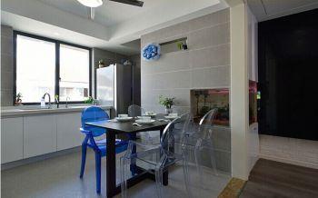 餐厅白色走廊现代风格装潢图片