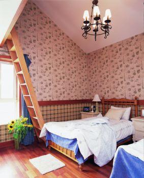 卧室阁楼东南亚风格装修图片