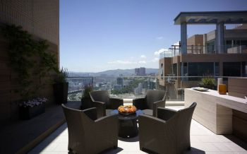 阳台细节现代简约风格装饰效果图