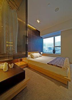 卧室白色吊顶现代简约风格装潢设计图片