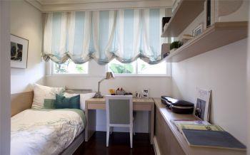 儿童房白色窗帘现代简约风格装饰图片