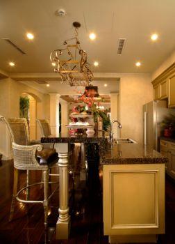 厨房黄色吧台美式风格装潢设计图片