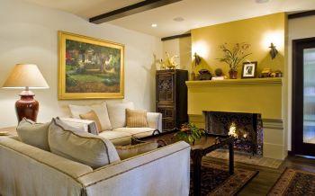 客厅黄色背景墙欧式风格装饰效果图