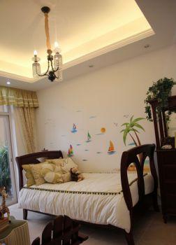 卧室白色床田园风格装潢效果图
