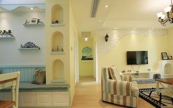 客厅黄色走廊地中海风格装潢效果图