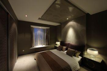 卧室咖啡色飘窗现代简约风格装潢设计图片