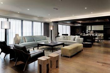 现代风格160平米舒适三居装修效果图