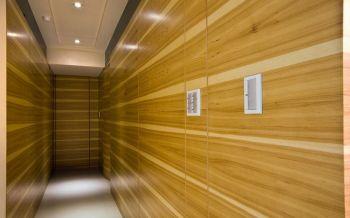 卧室黄色走廊现代风格装潢效果图