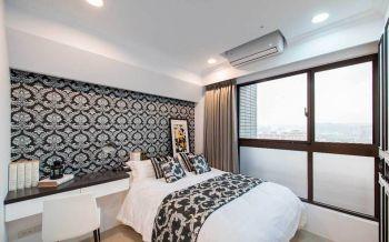 卧室咖啡色窗帘古典风格装潢效果图