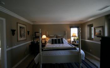 卧室白色床美式风格装饰设计图片
