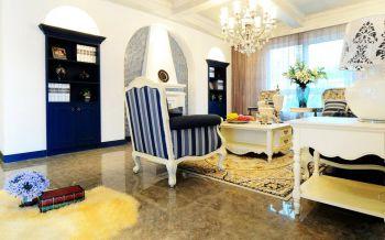 客厅白色灯具地中海风格装饰效果图