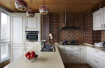 厨房白色地中海风格装潢效果图
