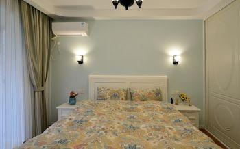 卧室彩色床田园风格装潢效果图
