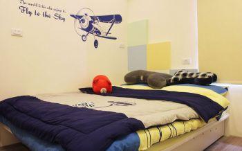 儿童房背景墙现代风格装饰设计图片