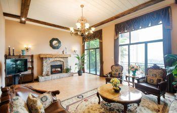 客厅白色灯具美式风格装修图片