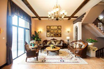 客厅照片墙美式风格装饰设计图片