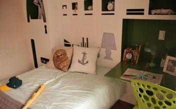 儿童房绿色书桌现代风格装饰效果图