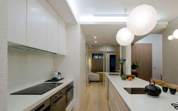 厨房白色橱柜简约风格装潢图片