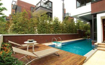 花园泳池现代简约风格装潢效果图