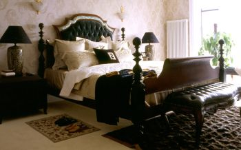 卧室黑色床混搭风格装修图片