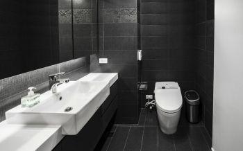 卫生间黑色背景墙简约风格装潢图片