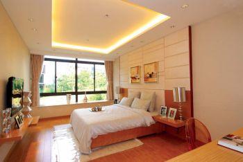 卧室白色飘窗现代风格装潢图片