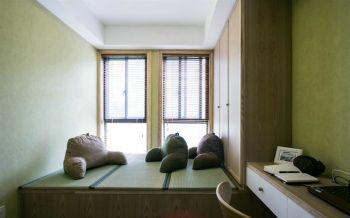 卧室黄色榻榻米现代风格装修效果图