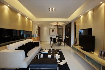 御龙湾现代简约三居室家庭装修案例图
