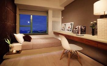 卧室榻榻米日式风格装修图片