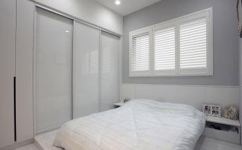 卧室白色推拉门现代风格装饰效果图