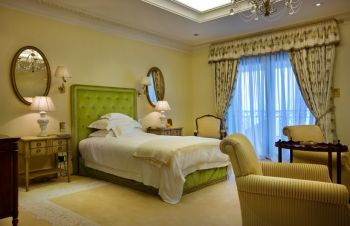 卧室窗帘简欧风格装潢图片