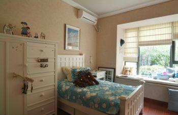 儿童房简约风格装饰图片