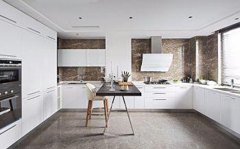 厨房橱柜古典风格装修设计图片